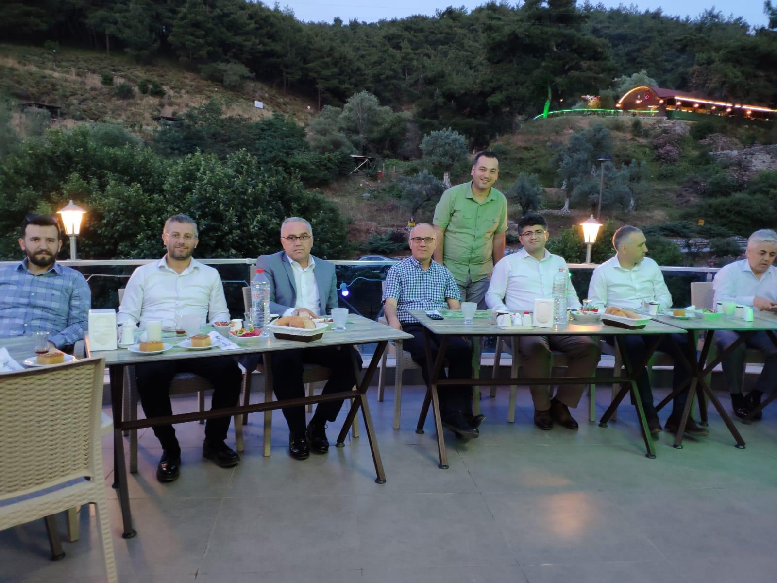 Milli Emlak Müdürümüze veda yemeği düzenlendi