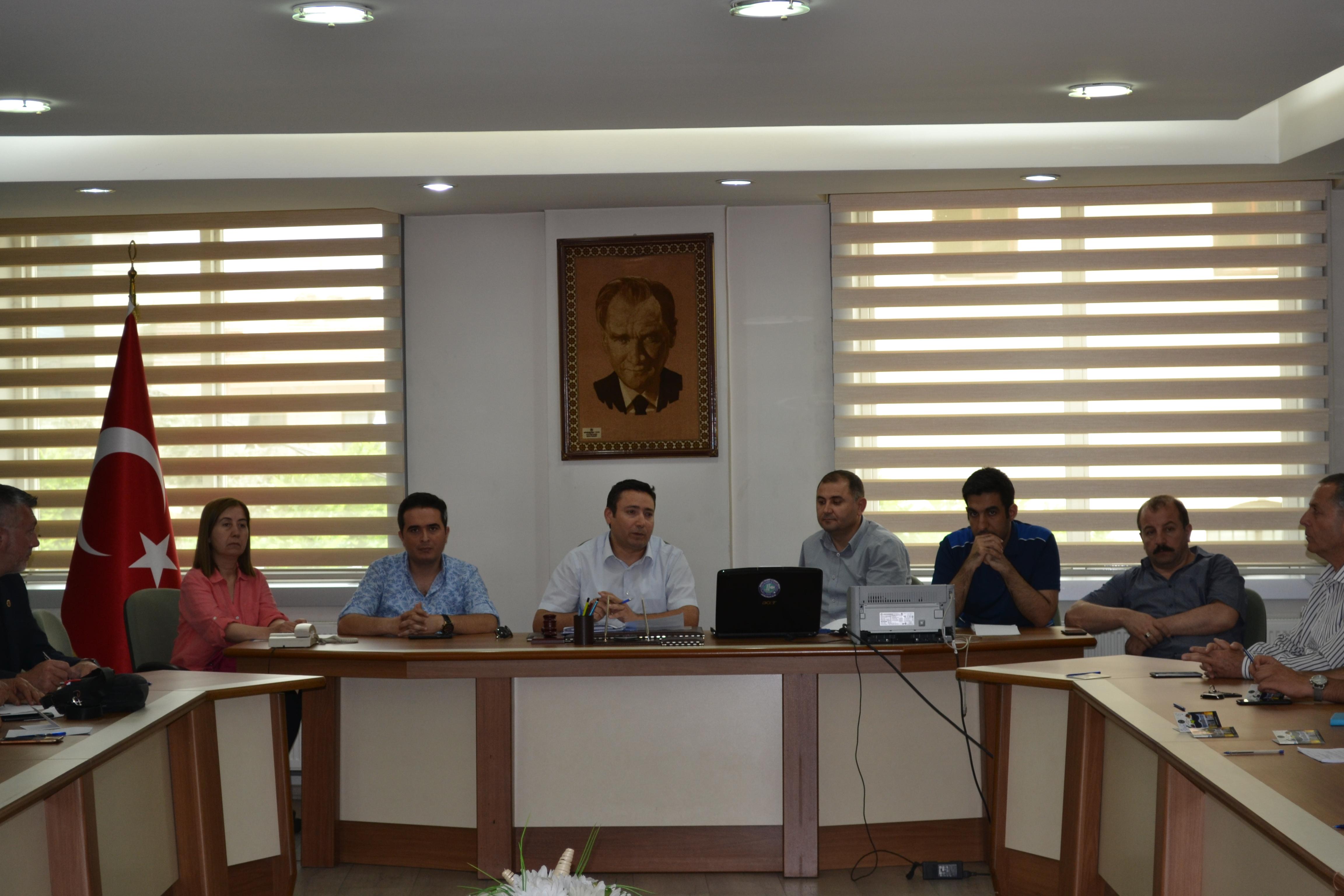 Yapı Müteahhitlerine Yönelik SalihliTicaret ve Sanayi Odasında Bilgilendirme Toplantısı