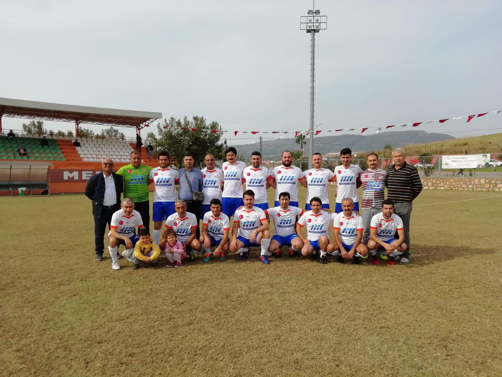 3 Ocak Kurumlar arası geleneksel Futbol Turnuvası devam ediyor.