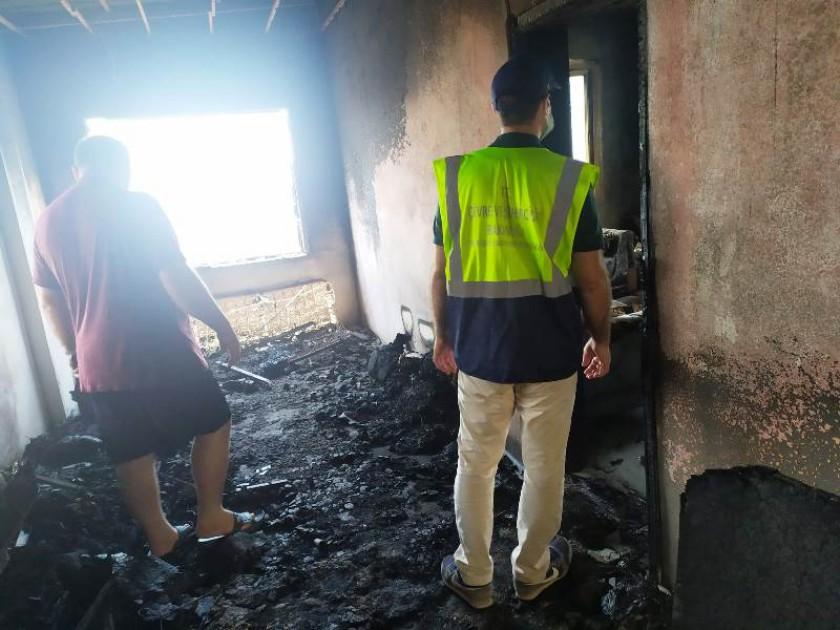 İlimiz Aydındıncık ve Silifke İlçelerinde 29-30-30.07.2021 tarihlerinde meydana gelen yangın afetinden dolayı yapı hasarı meydana gelen binalarda ki tespit çalışmaları devam etmektedir.