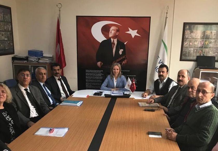Yeni İl Müdürümüz Sayın Şükran NURLU 05.12.2018 tarihi itibariyle görevine başlamış olup İl Müdürlüğümüz idarecileriyle tanışma toplantısı yapmıştır.