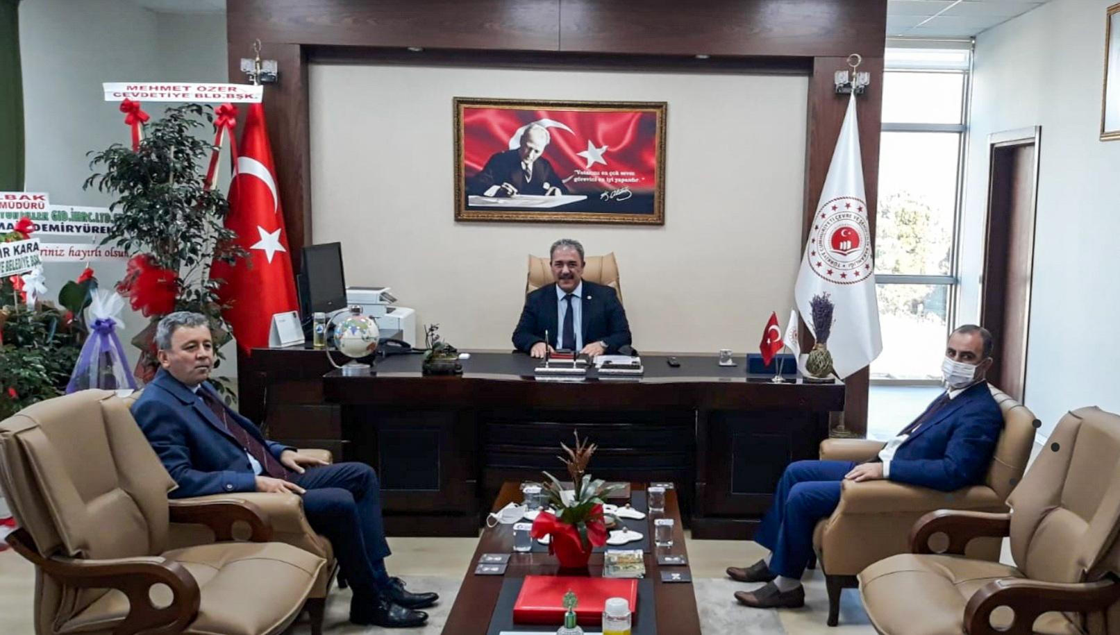 Osmaniye Gençlik ve Spor İl Müdürü Mustafa LOĞOĞLU ile Osmaniye Çalışma ve İş Kurumu İl Müdürü Ahmet ALTUNKAYNAK İl Müdürümüz İrfan Remzi YILMAZ'ı ziyaret etti.