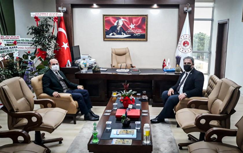 Osmaniye İl Özel İdaresi Genel Sekreteri Mustafa BOLAT İl Müdürümüz İrfan Remzi YILMAZ'ı ziyaret etti.