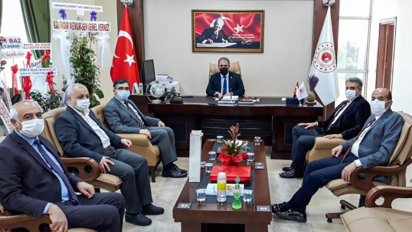 Osmaniye PTT Başmüdürü Abdulkadir DAĞDEMİR, Türktelekom İl Müdürü Tayfun CÜNDEİOĞLU, İl Sivil Toplumla İlişk. Müdürü Adnan GİZLİCE ve Osmaniye Enerjisa Müdürü Faruk TÜRK İl Müdürümüz İrfan Remzi YILMAZ'ı ziyaret etti.