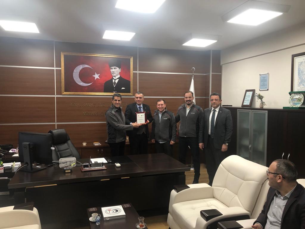 Türk Traktör ve Ziraat Makineleri Aş ye Plaket!