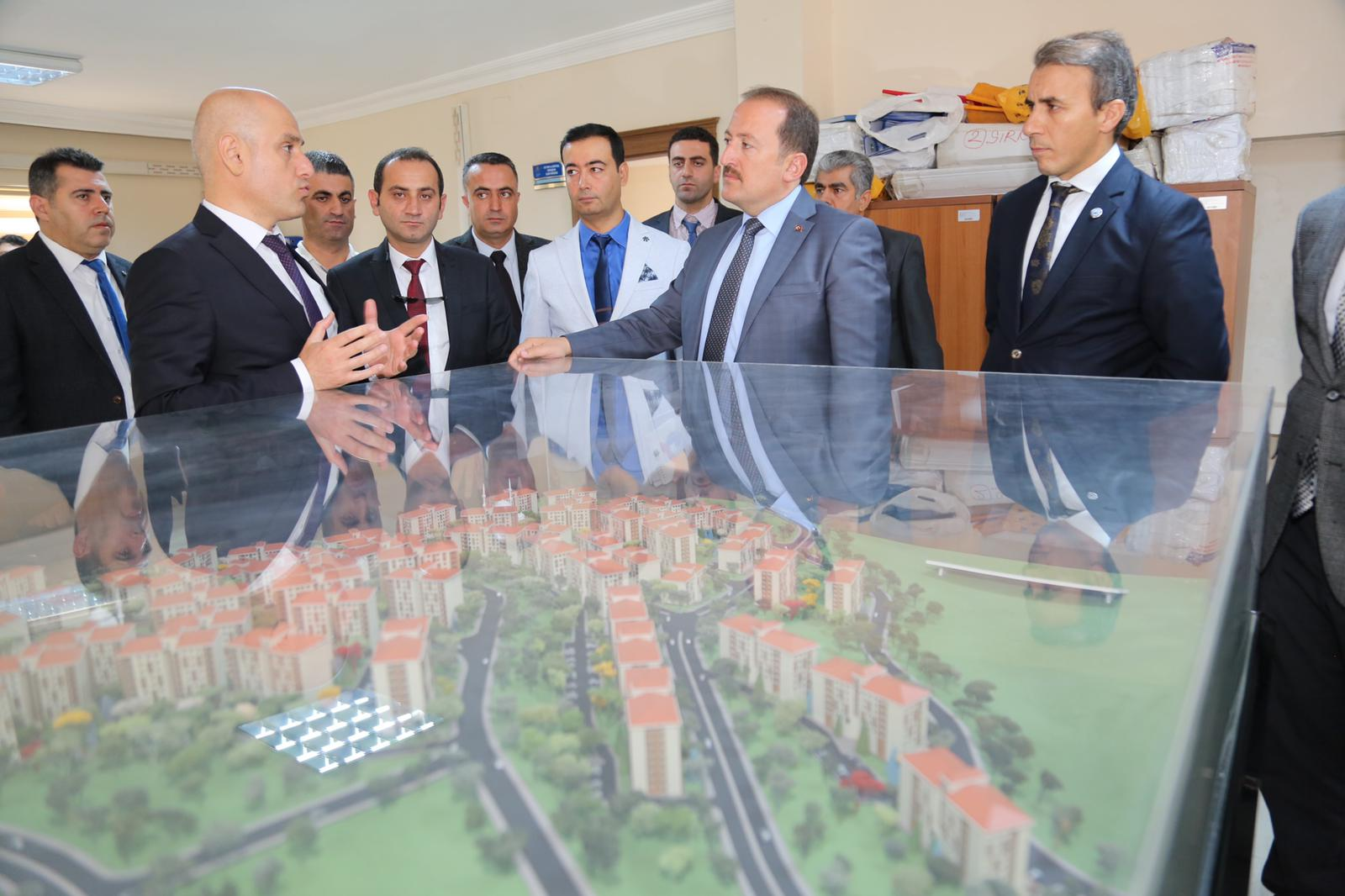 şırnak valisi Ali Hamza PEHLİVAN , Çevre Ve Şehircilik il Müdürlüğü ziyaret