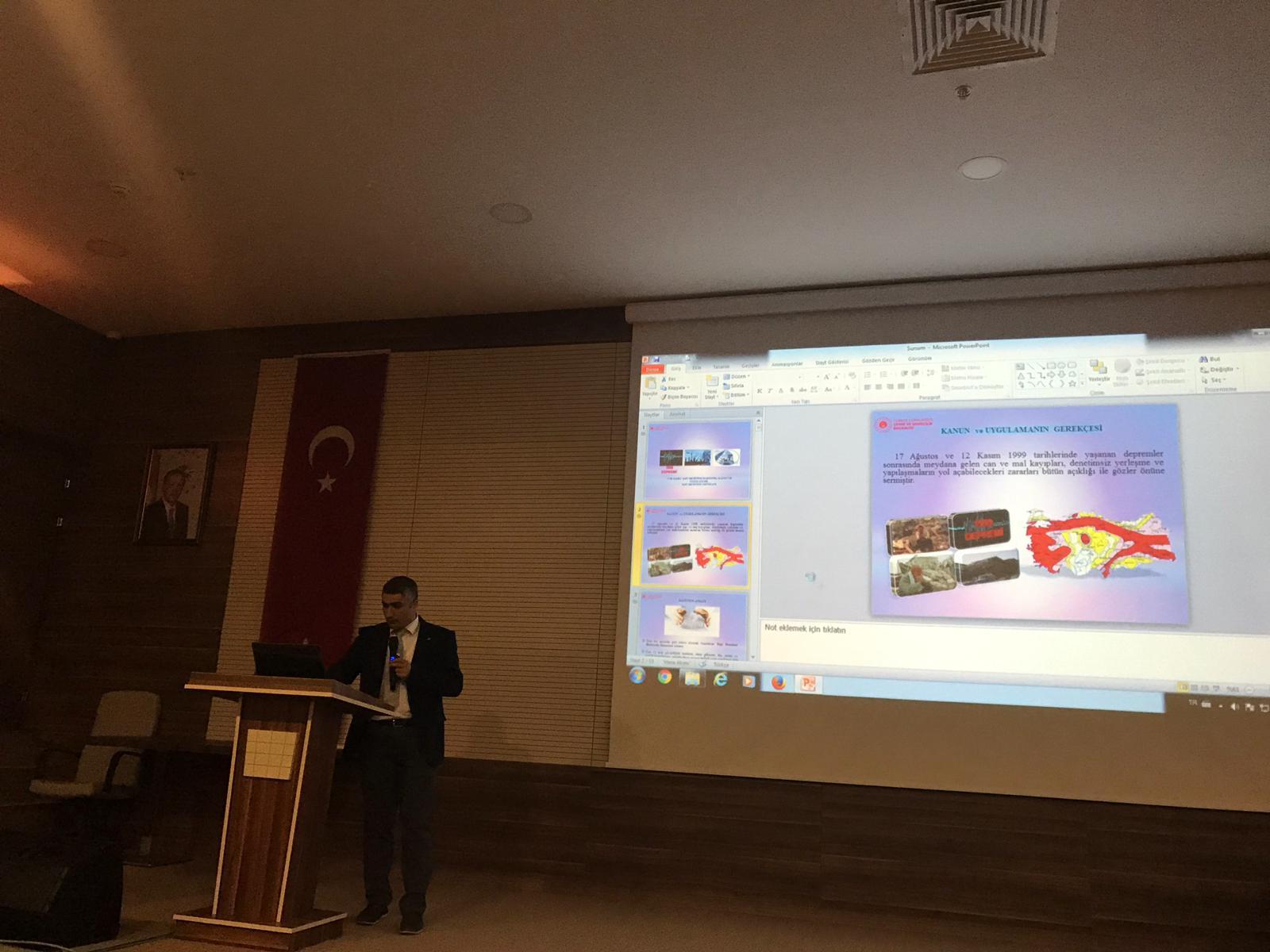 """""""4708 Sayılı Yapı Denetimi Eğitimi"""" Gaziosmanpaşa Üniversitesi İnşaat Mühendisliği Bölümünde Verildi."""