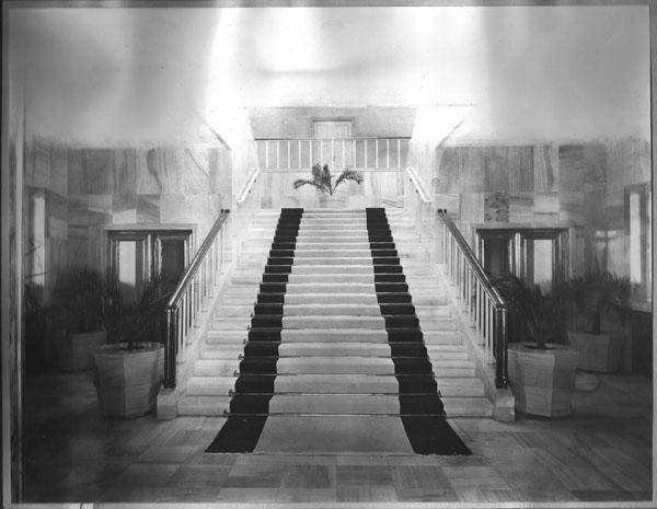Vekalet Makamına Çıkan Merdivene Bakış