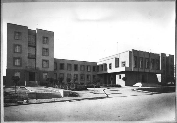 Binaya Köşeden Bakış
