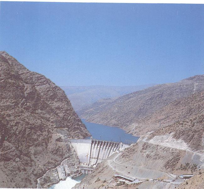 Karakaya-Barajı
