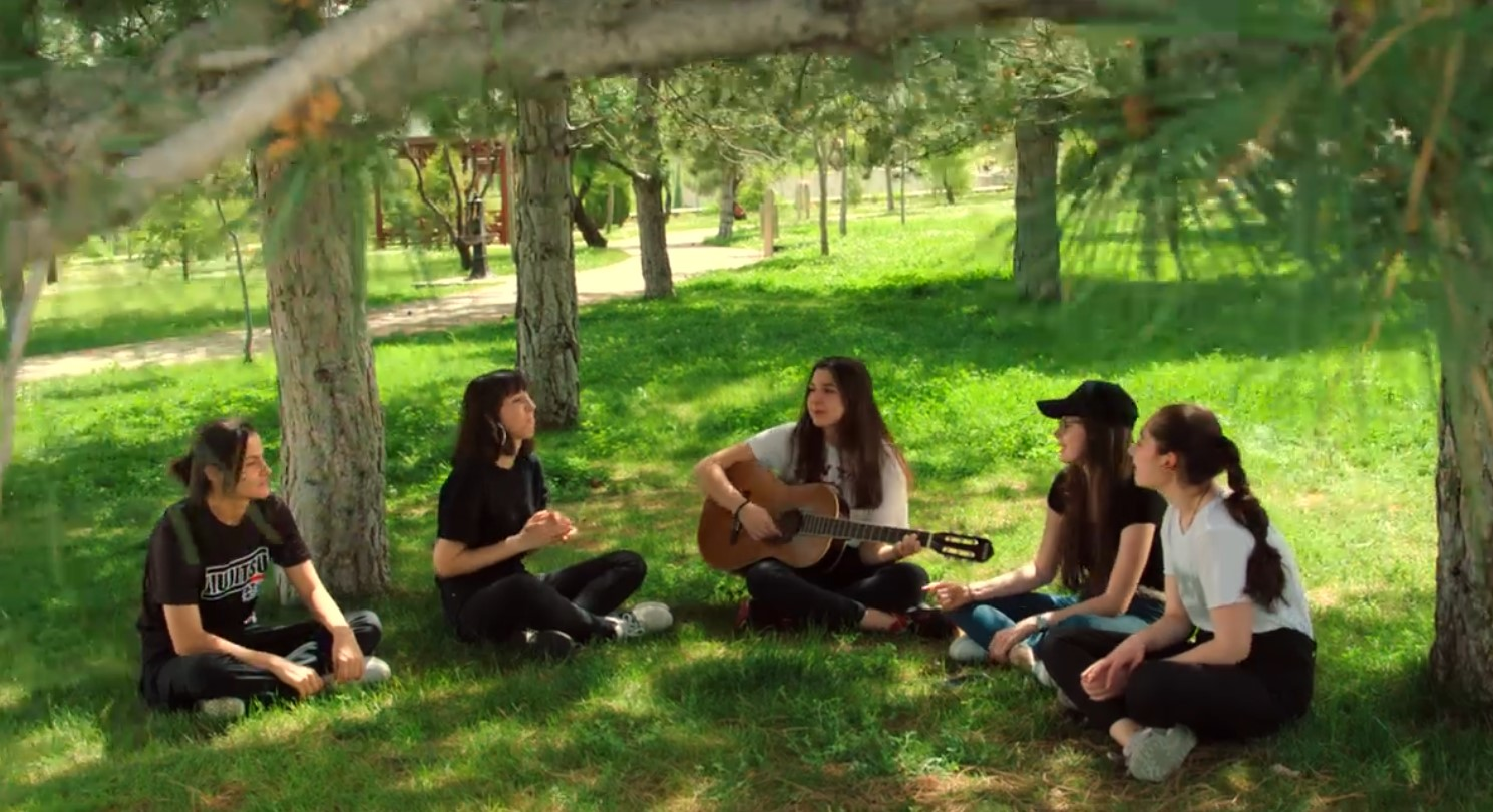 Gençlerimizle Birlikte Nice Güzel ve Sağlıklı Günlerde Buluşmak Dileğiyle