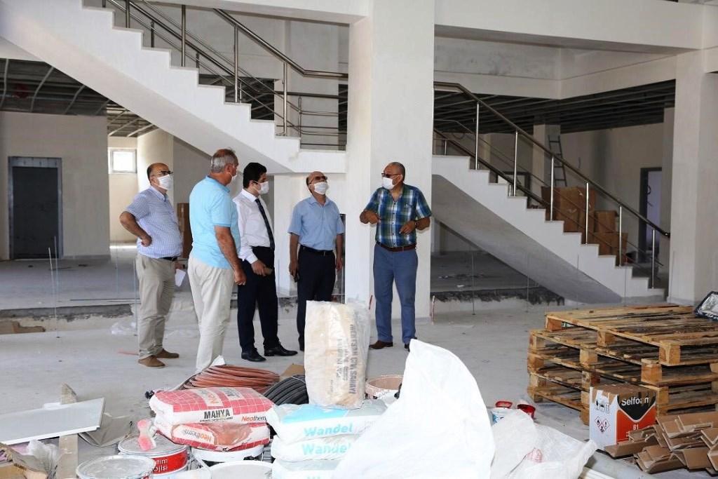 Milli Eğitim Müdürü Kontrol Teşkilatımız İle Yalova Safran 24 Derslik Lise Binası İnşaatın İçin Bilgi Aldı