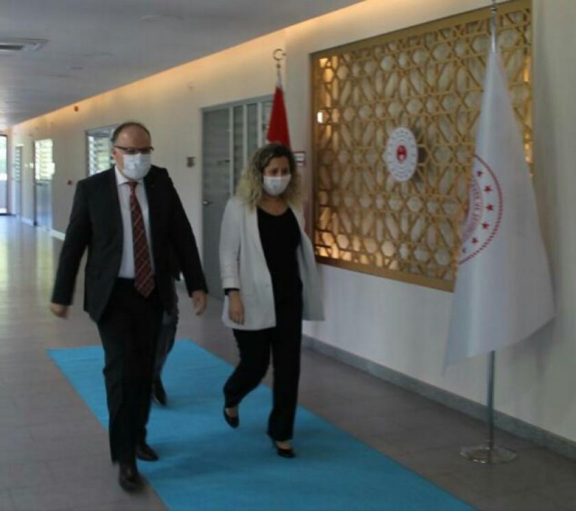 Sayın Valimiz Mustafa TUTULMAZ ve Sayın Rektörümüz Mustafa ÇUFALI Müdürlüğümüzü Ziyaret Etti.